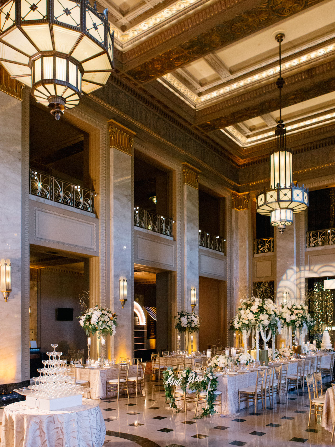 SOUTHERN SOIRéE AT THE PEABODY OPERA HOUSE – Mike Cassimatis