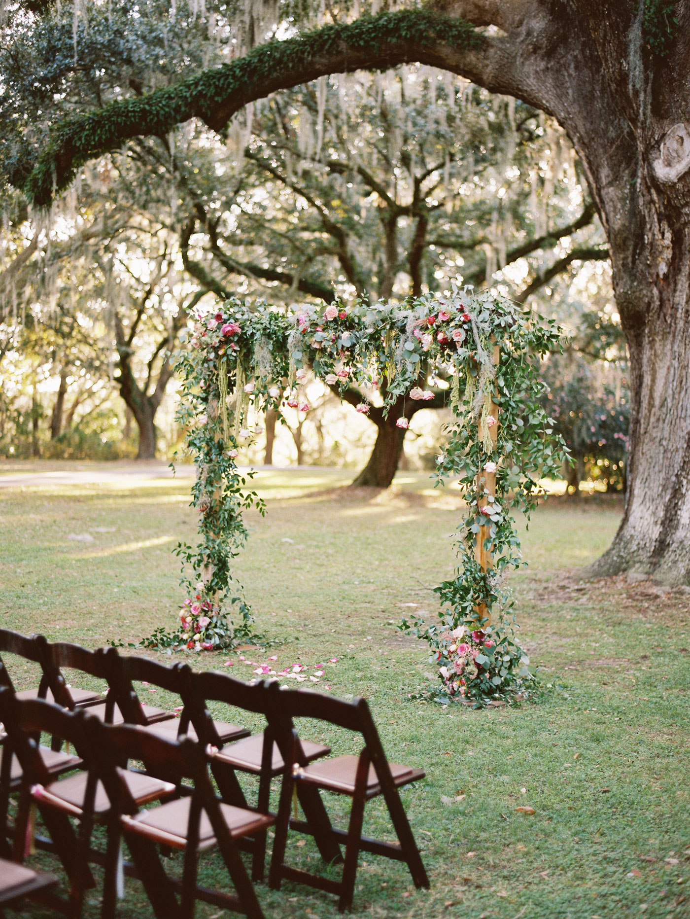 floral altar legare waring house wedding
