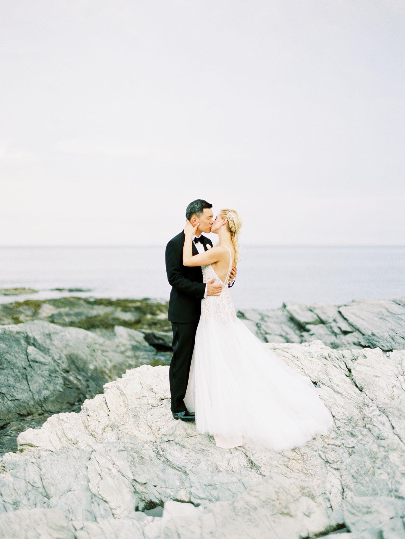 castle hill inn wedding photos