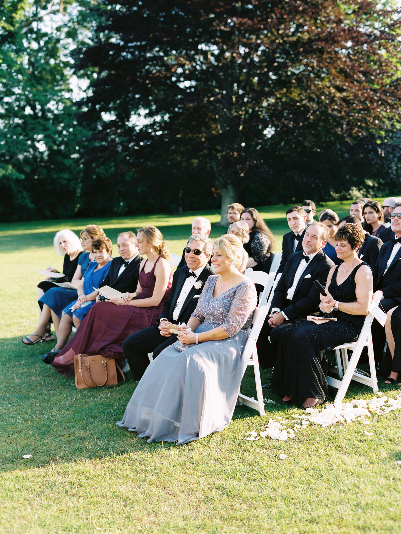 wedding guests at rosecliff