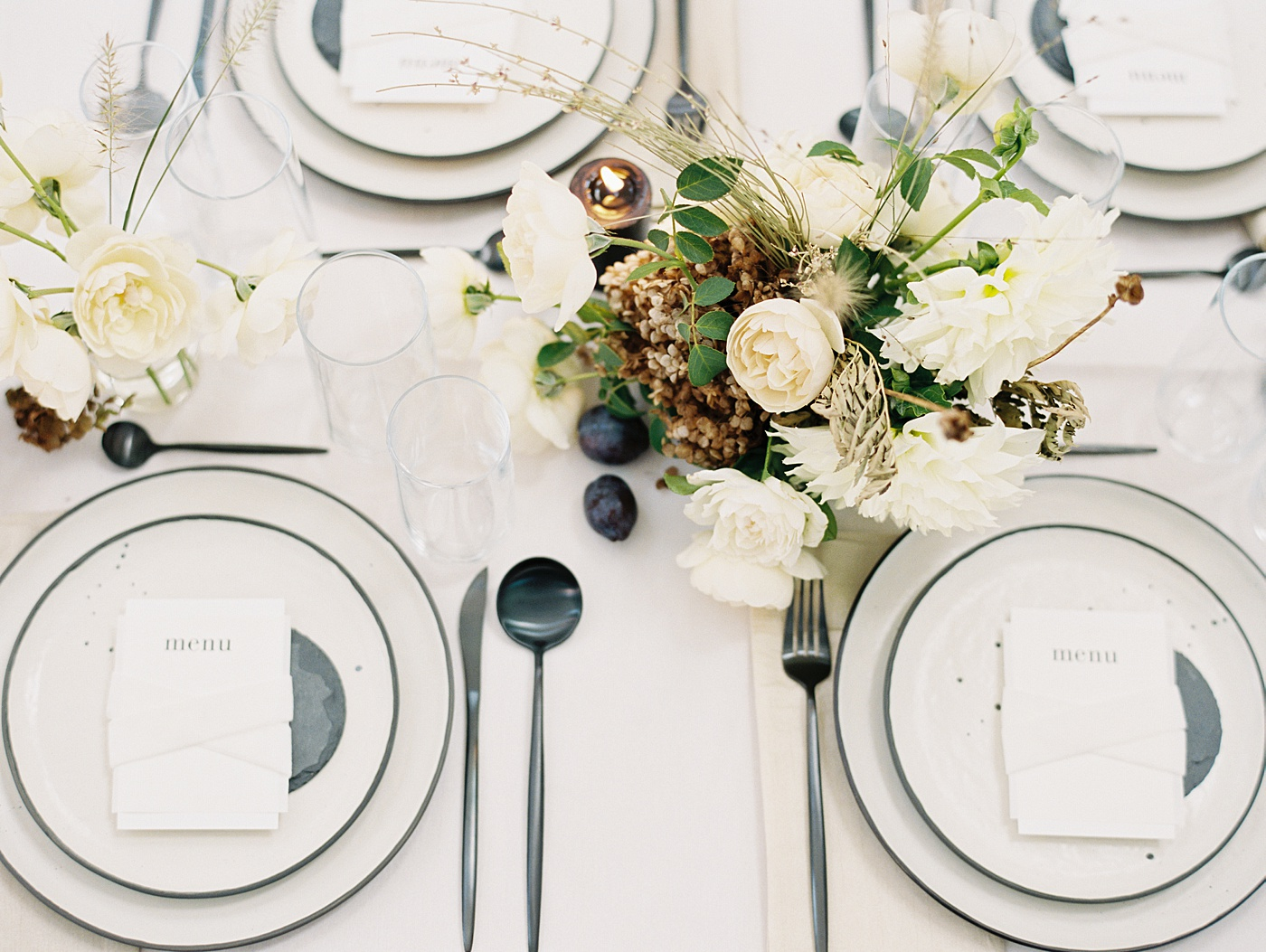modern wedding tablescape