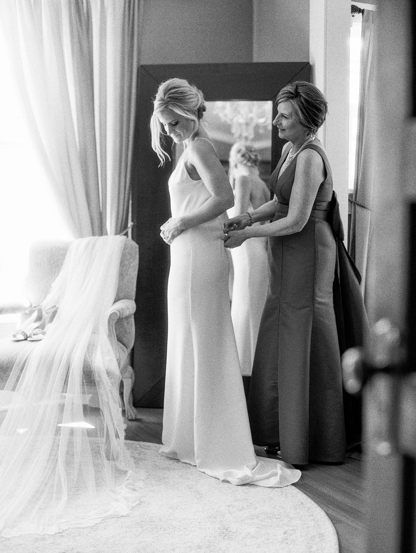 bride getting ready at manor house colorado
