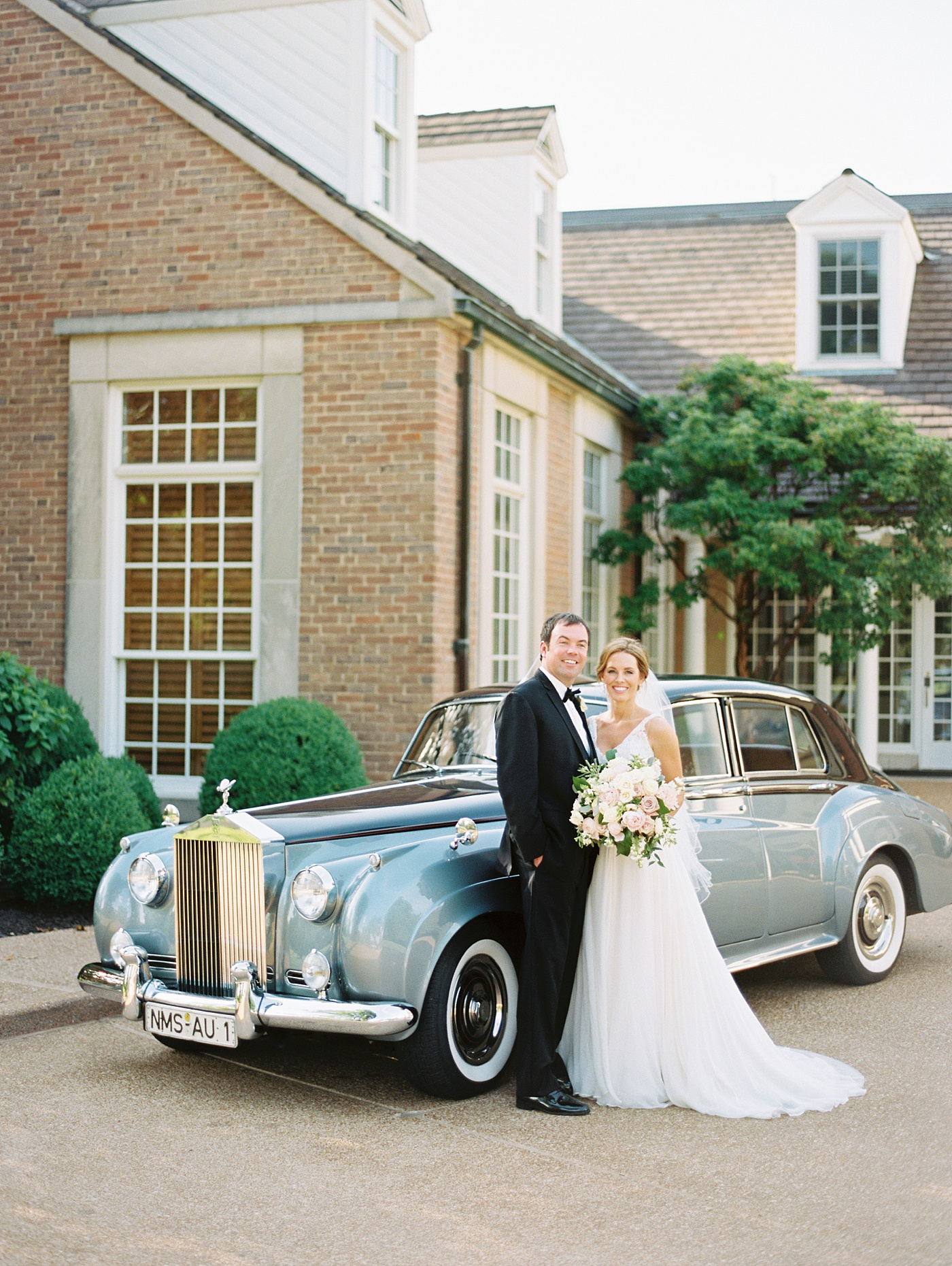 classic car country club wedding