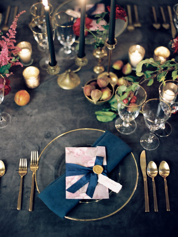 fine art tablescape wedding