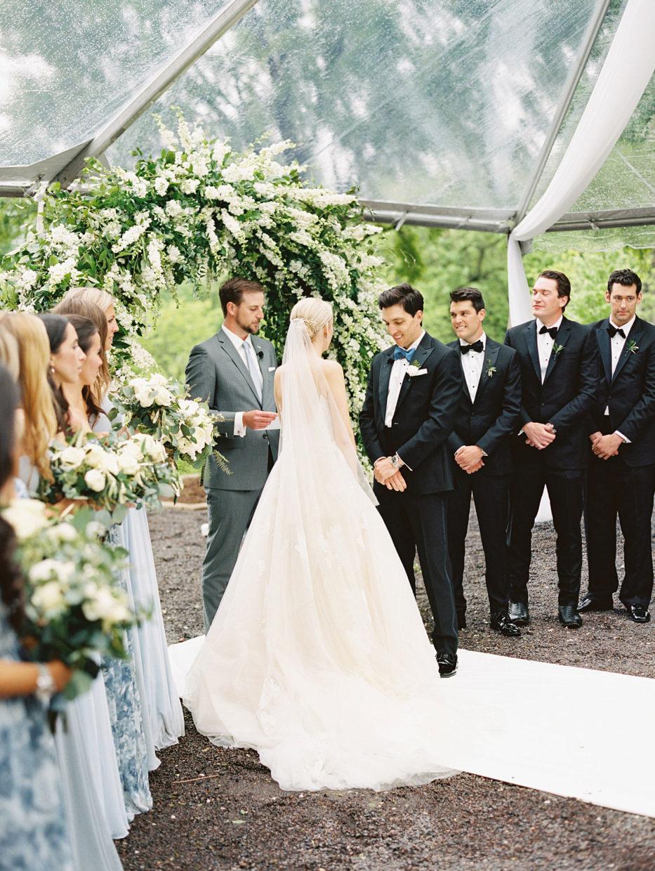 outdoor st. louis wedding photographer