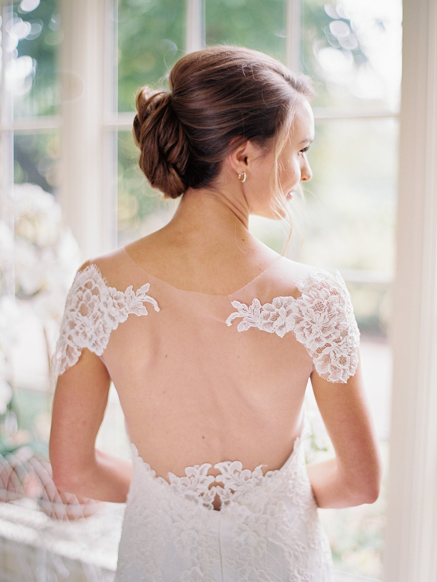 gorgeous wedding dress details