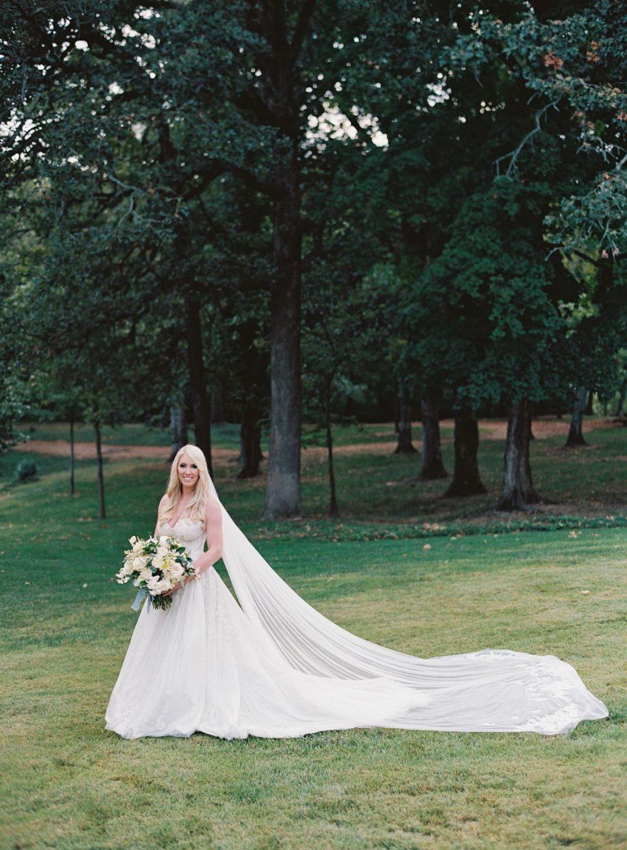 bride at grant's farm