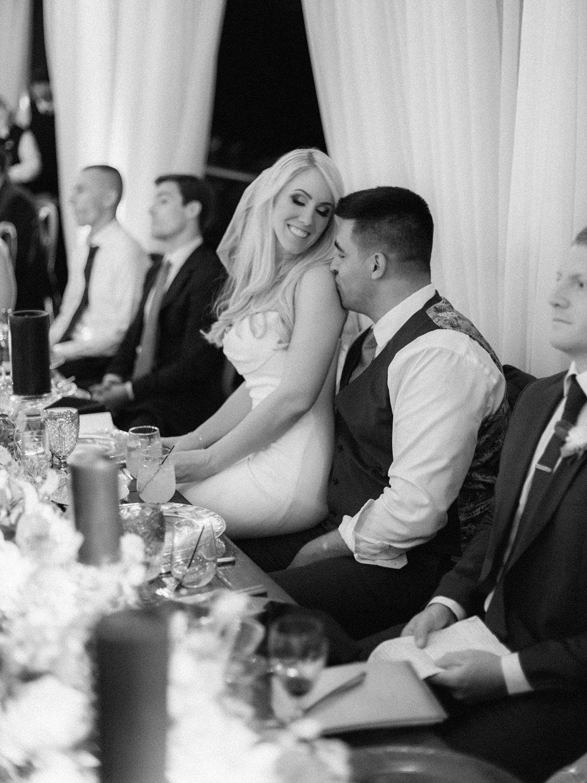 romantic wedding moments